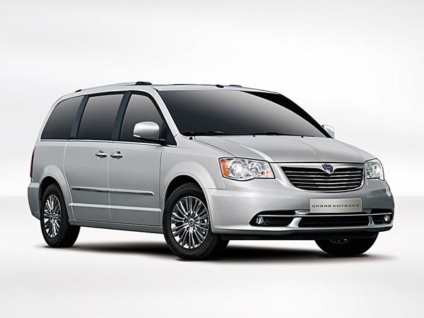 Genève 2011 : Lancia Grand Voyager, mélange parfait