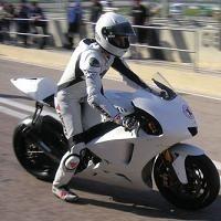 Moto GP Test - Valence: Le bal des deb's