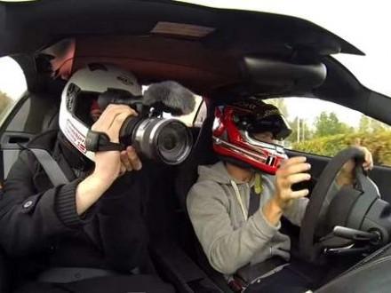 Vidéo : Kevin Magnussen aussi se défoule (mais en McLaren 650S)