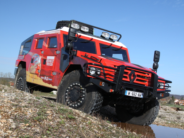 Contact : Renault Sherpa, le lourd des steppes