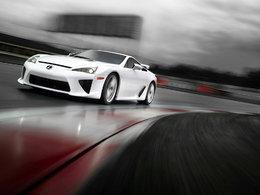 Lexus LFA : des cours de pilotage gratuits pour ne pas la casser trop vite