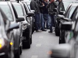 VTC vs Taxi: à Lille des chauffeurs de taxi agressent les clients Uber