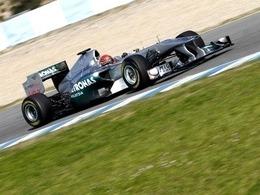 Schumi et Mercedes « légèrement inquiets »