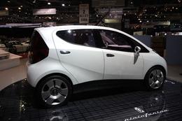 La Bluecar électrique pourrait être livrée d'ici l'été 2010