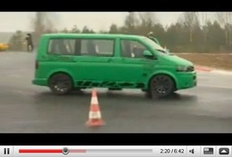 Réveil Auto - Walter Rörhl au volant d'un van VW de 800ch avec 311 km/h en Vmax