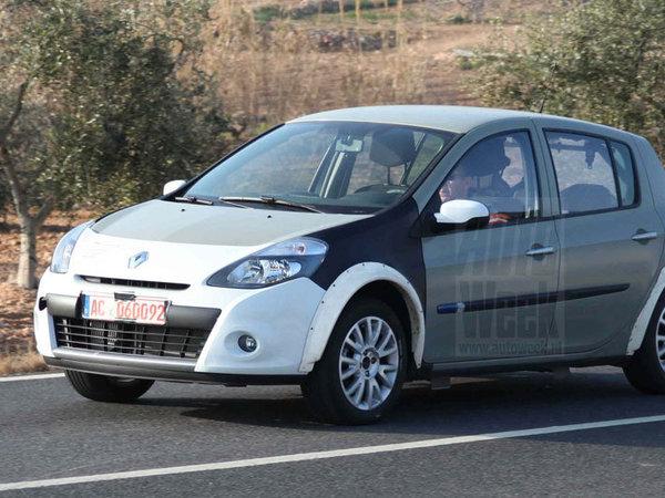 Future Renault Clio 4: encore le temps du mulet