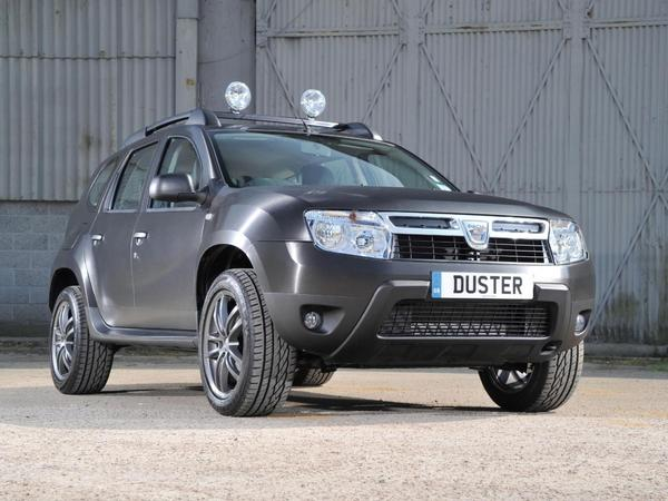 dacia duster black edition baroudeur anglais. Black Bedroom Furniture Sets. Home Design Ideas