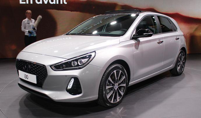 Hyundai i30 : classique - Vidéo en direct du Mondial de Paris 2016