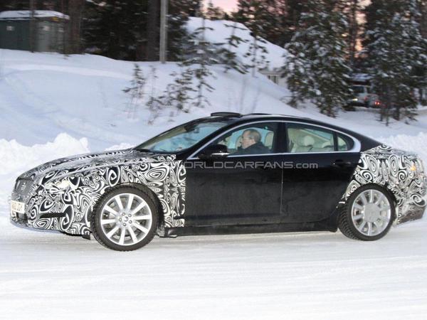 Spyshot : restylage à venir pour la Jaguar XF