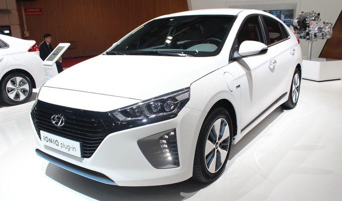 Hyundai Ioniq: une famille - en direct du Mondial de Paris