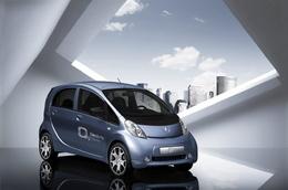 Salon de Francfort 2009 : la Peugeot iOn électrique lancée fin 2010