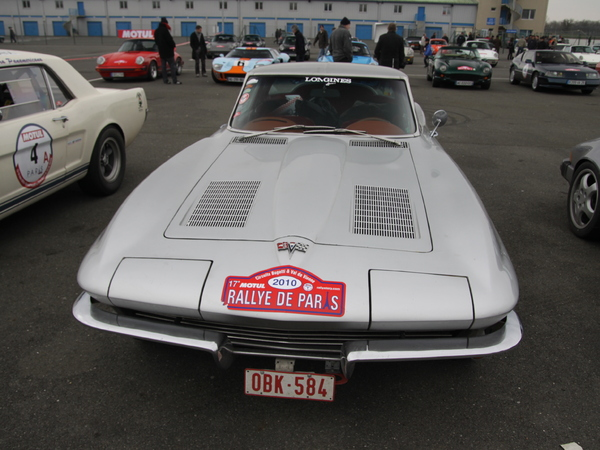 Photos du jour : Chevrolet Corvette C2 Sting Ray (Rallye de Paris)