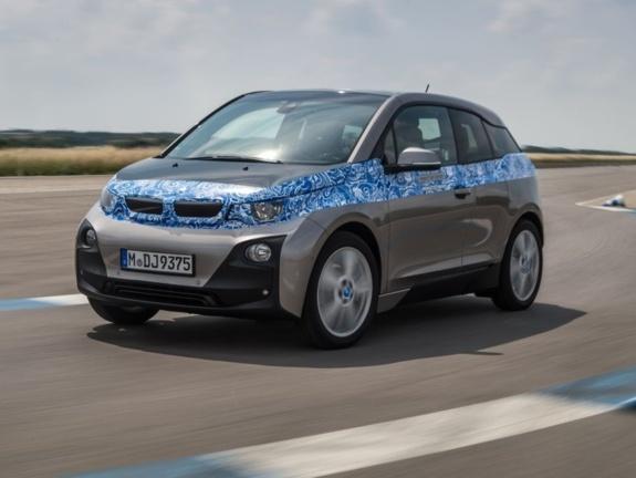 BMW i3 : à partir de 27 990 euros, bonus déduit
