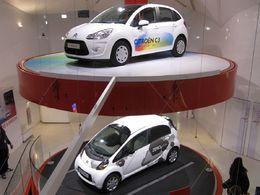 Reportage : la brochette de véhicules écolos Citroën sur les Champs-Elysées !