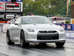 Un nouveau record d'accélération pour la Nissan GT-R AMS Alpha (vidéo)