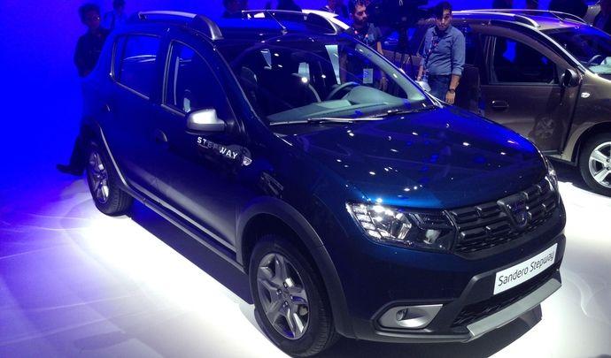 Première vidéo de la Dacia Sandero 2 : découvrez les premières images live en direct du Mondial de l'auto 2016