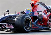 F1 : Bourdais sur le Trocadero en Toro Rosso !