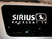 Chrysler passe à la télé par satellite