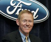 Ford dans le rouge, Mulally dans le vert
