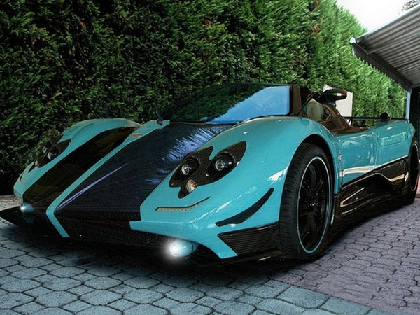 a vendre pagani zonda uno 1 700 000 euros hors taxes. Black Bedroom Furniture Sets. Home Design Ideas