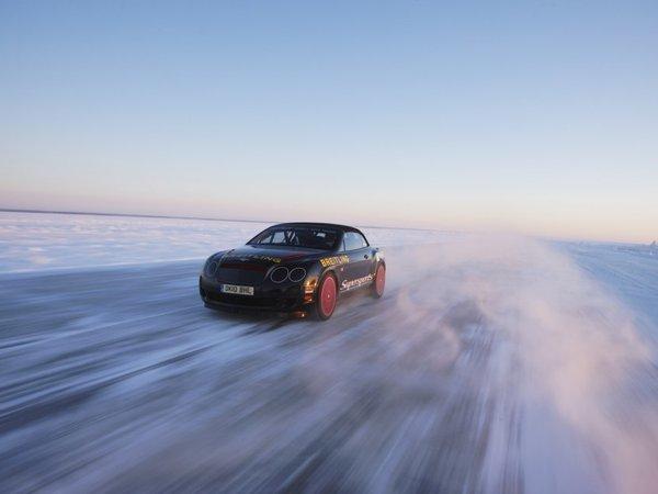 [Vidéo] 330 km/h en Bentley Continental GTC Supersports sur la glace, ça donne ça