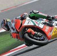 Superbike - Misano: Légère fracture de la cheville gauche pour Max Biaggi