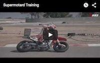 Vidéo Supermotard: vous prendrez bien un peu de Marquez?