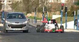 Vidéo : Rémi Gaillard, le Grand Prix (en ville !)