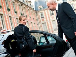 Pour éviter de prendre une veste par les VTC, les taxis mettent la cravate