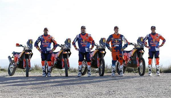 Dakar 2018: le team KTM Factory Racing se prépare