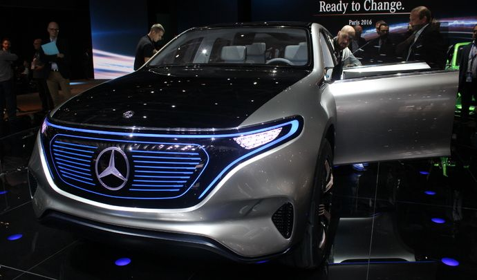 Mercedes Generation EQ : le futur - Vidéo en direct du Mondial de Paris 2016