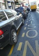 Stationnement sur les places de livraison : la mairie de Paris ne change pas de créneau