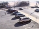 Vidéo : au volant d'un 4x4 volé, une Américaine percute un immeuble... qui s'effondre sur elle