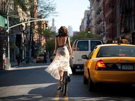 s curit routi re 77 des cyclistes prennent plus de risques v lo qu 39 en voiture. Black Bedroom Furniture Sets. Home Design Ideas