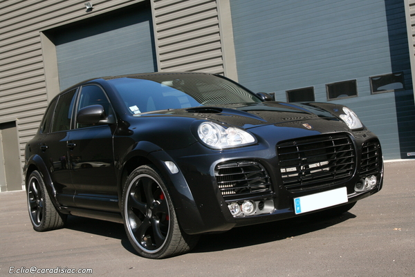 photos du jour porsche cayenne turbo techart magnum. Black Bedroom Furniture Sets. Home Design Ideas