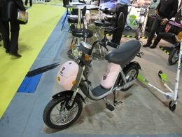 En direct du Salon du Cycle 2009 : le scooter électrique E-Road