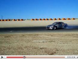 Mazda RX-8 BMI Racing quadrirotor : de l'angle, de la fumée et du bruit