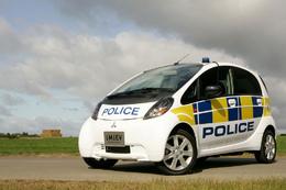 La police britannique investit dans l'i MiEV
