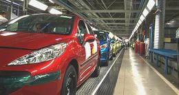 Peugeot supprime 700 postes d'intérimaires et réduit les cadences