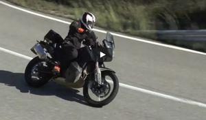 Nouveauté - KTM: l'Adventure 790 roule vers les concessions!