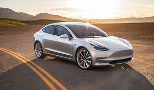 Tesla : des clients qui optent pour la Model S en attendant la Model 3