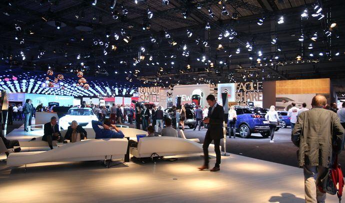 Mondial de l'auto 2016 - Des absents et de jolis présents