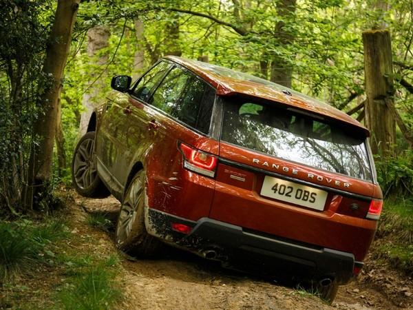 Bientôt un 4 cylindres diesel pour le Range Rover Sport