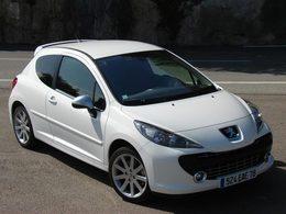 Ventes France en mars : la Peugeot 207 coiffe au poteau la Dacia Sandero