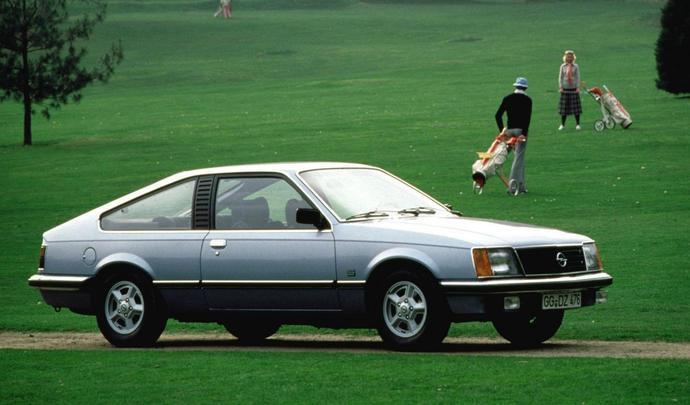 Opel : le retour de la Monza avec un coupé électrique ?