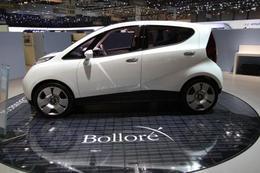 Pour la Bolloré BlueCar électrique, des batteries lithium-métal-polymère produites au Canada et en France
