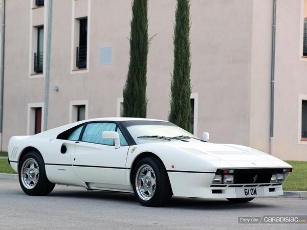 Photos du jour : Ferrari 288 GTO (10000 Tours)