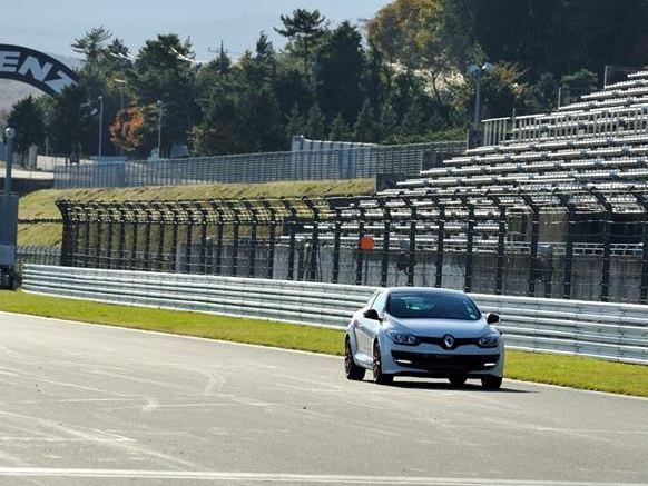 Le record de la Renault Megane R.S 275 Trophy-R au Fuji International Speedway n'en était pas un !