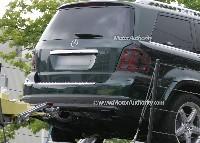 Mercedes GL phase 2: restylé pour accueillir une version hybride...