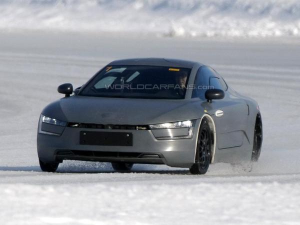 """La future Volkswagen XL1 """"surprise... surprise"""""""